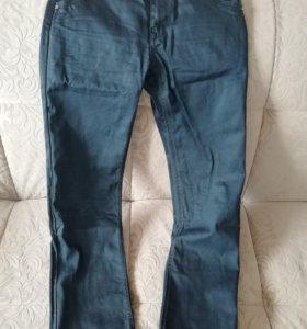 Продам мужские джинсы 31 размер
