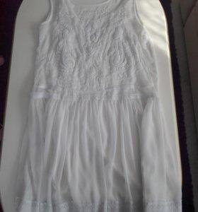 Платье женское фирмы MANGO.