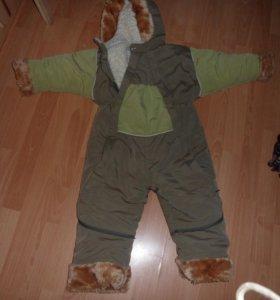 Комбинезон на мальчика 3-4 лет.