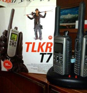 2 комплекта раций TLKR T7 Motorola