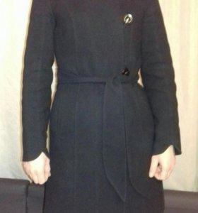 Пальто зимнее утепленное