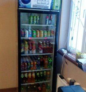 Витрина холодильник.