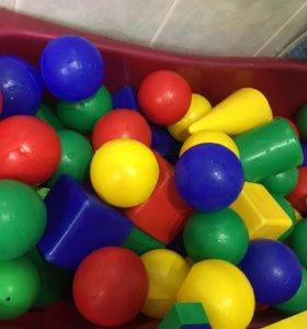 Шарики и кубики