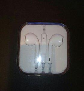 Наушники-гарнитура Apple EarPods