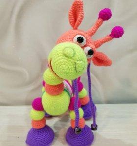 Вязаный радужный жираф!