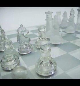 Шахматы из стекла