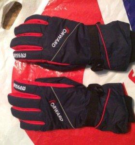 Перчатки Forward