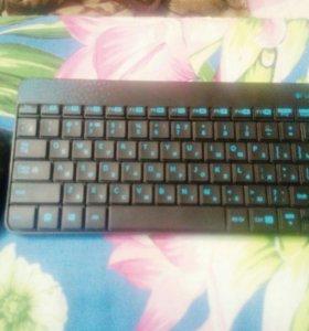 Компьютерная мышь и клавиатура беспроводные