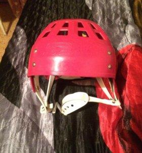 Шлем хоккейный состояние хорошое!