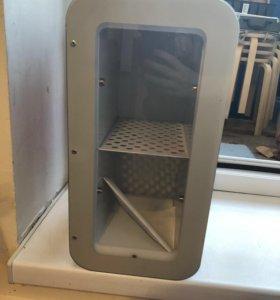 Маленький холодильник для напитков
