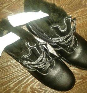 Ботинки  42размер