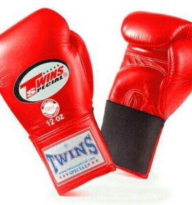 Аммунниция для занятий тайским боксом