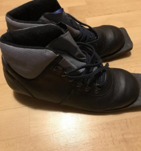 Лыжные ботинки 43 размер