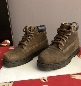 Ботинки замшевые 32 р-р