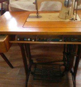 Швейная машинка финская Tikka