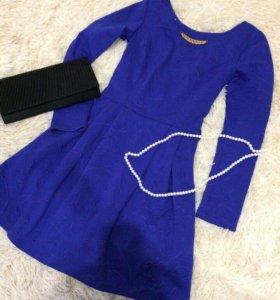 Платье бу 42-44 размер