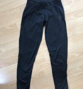 Спортивные штаны Adidas размер XS