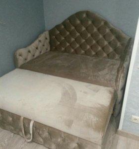 Перетяжка, ремонт диванов кресел
