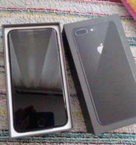 iPhone 8 Plus 64 ГБ чёрный