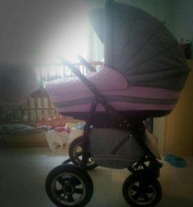 Детская коляска,фирмы адамекс марс