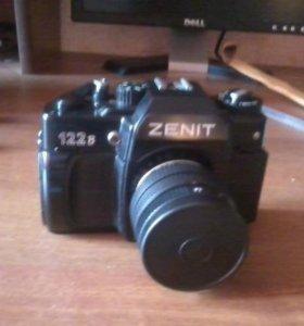 """Фотоаппарат """"Зенит"""" модели 122В с чехлом"""