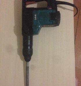 Электроотбойный молоток Makita HR4000C