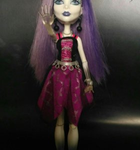 Кукла Monster High Спектра Вондергейст