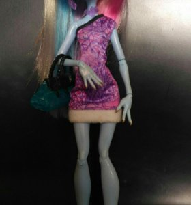 Кукла Monster High Эбби Боминецбл