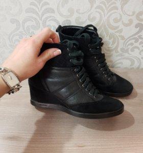 Ботинки Carlo Pazalini🌟