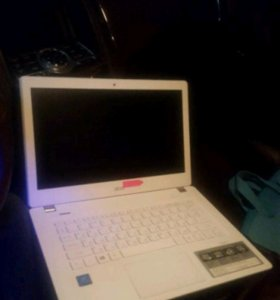 Ноутбук Acer Aspire V13