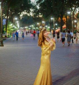 вечернее платье в паетках золотое