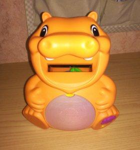 Бегемотик Hasbro развивающая игрушка