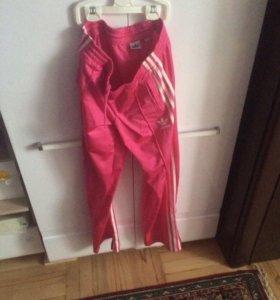 Спортивные штаны фирменные новые