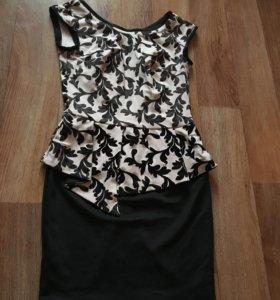 Платье с баской +пояс