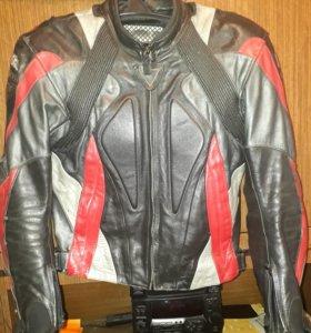 Кожаная куртка revit