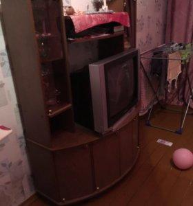 Телевизор ериссон с тумбой
