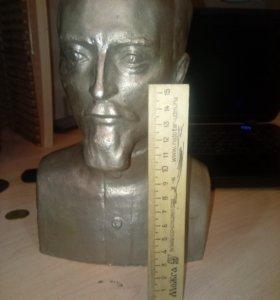 Бюст Дзержинский скульптор А.К.Тепло в силумин
