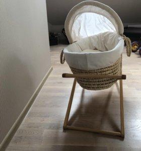 Корзина- переноска плетёная mothercare