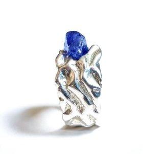 Кольцо серебряное с сапфиром мужское / женское