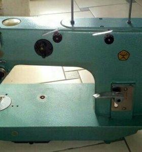 Швейные машинки 97 класса и класса 1022 + иголки,