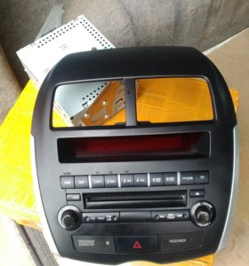 CD магнитола для Mitsubishi ASX 2011 года