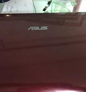 Нетбук Asus 1215p