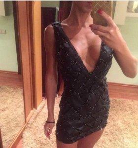 Шикарное кожаное платье