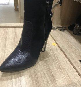 Ботинки весенний новые