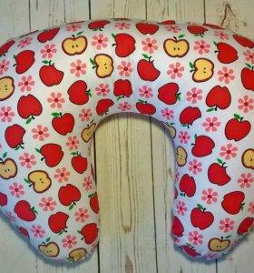 Подушки для кормления малышей