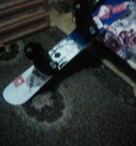 Сноуборд с ботинками