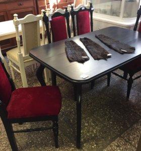 Комплект стол, стулья, Отреставрированные!