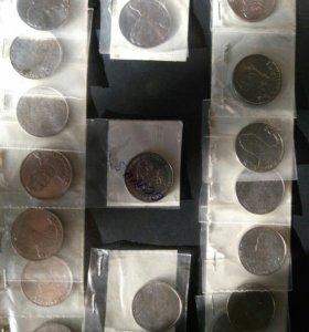 Монеты 2 рубля.