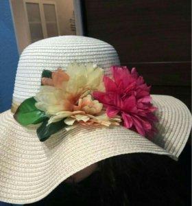 Шляпа от солнца с цветами .