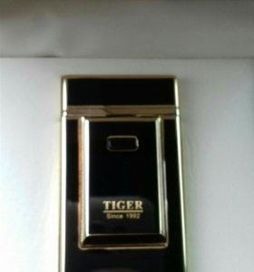 Зажигалка USB TIGER дуговая